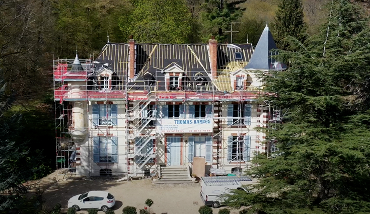 Rénovation de la toiture d'un château avec Triso-Toiture (78)