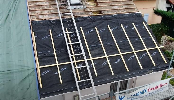 Rénovation d'une toiture d'un pavillon Maison Phénix avec Triso-Toiture (78)