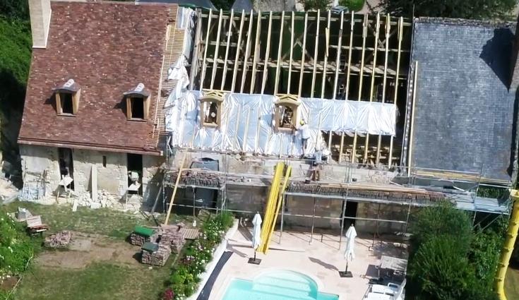 Rénovation de la toiture d'un manoir avec Triso-Toiture (37)