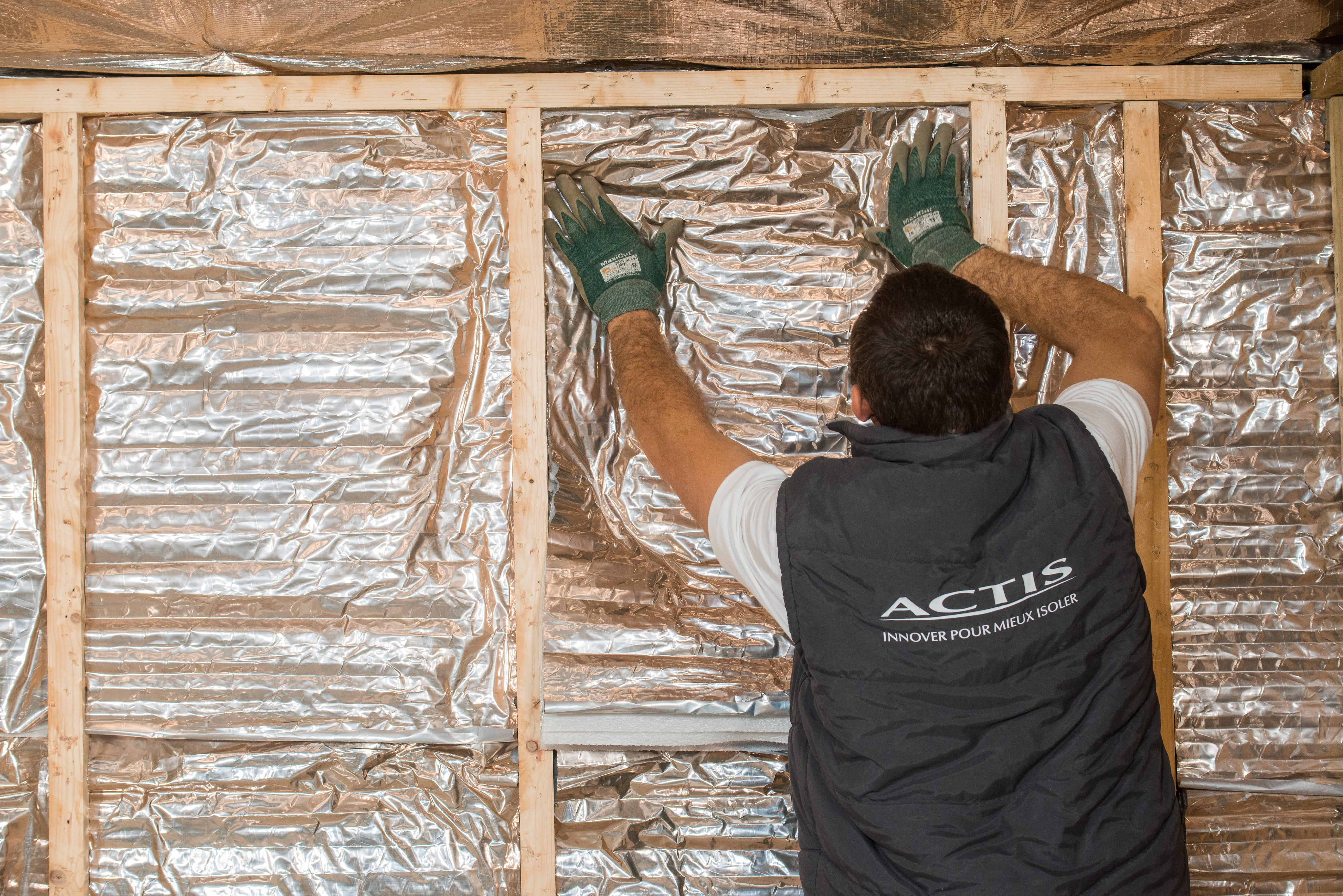 Lutter contre l'humidité dans les maisons à ossature bois